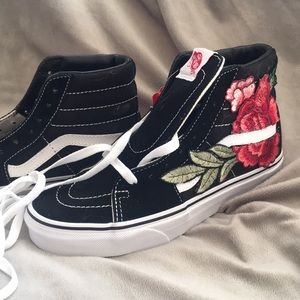 c239cb4288 Buy flower high top vans   OFF39% Discounts